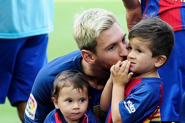 Con trai Messi, Thiago Messi được CLB Newell's Old Boys ký hợp đồng chỉ 72 tiếng sau khi chào đời
