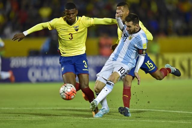 Messi phải cày ải liên tục trong thời gian qua