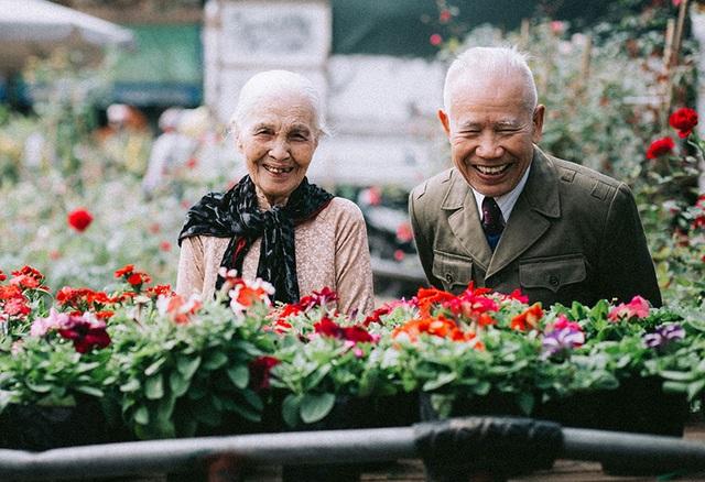 """Tình như cặp đôi 90 tuổi trong bộ ảnh """"Ông bà em"""" - 3"""
