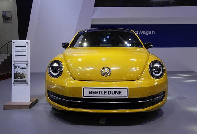 Chiếc Beetle được dán decal vàng giống phiên bản bản Dune xuất hiện vào năm 2016 tại Việt Nam