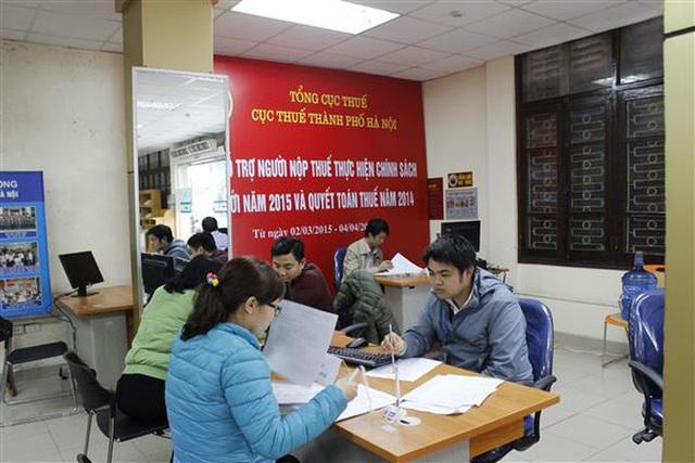 Cục Thuế Hà Nội tiếp tục bêu tên 72 doanh nghiệp nợ thuế, phí và tiền thuê đất.