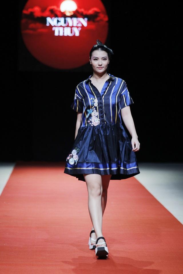 Phong cách chủ đạo của Nguyễn Thúy là các sản phẩm thuộc dòng thời trang ứng dụng.