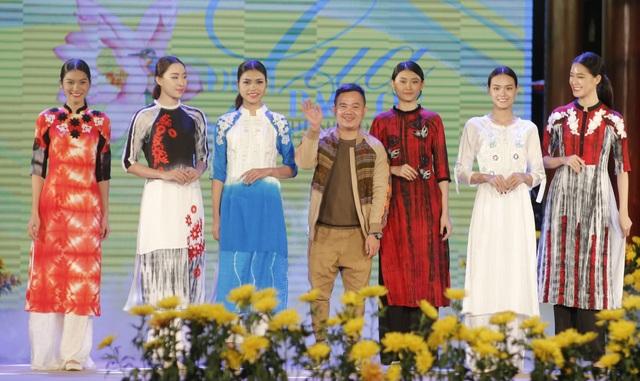 Cựu BTV Diệp Anh bất ngờ xuất hiện cùng diva Thanh Lam trong đêm lụa Bảo Lộc - 9