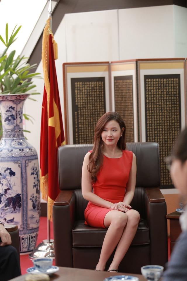 """Hậu scandal """"giảng viên - trợ giảng"""", Midu bí mật sang Hàn Quốc - 6"""