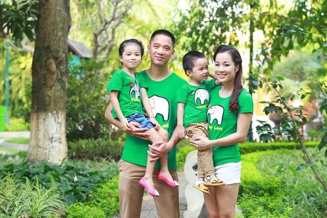 Gia đình hạnh phúc của Minh Hương ở thời điểm hiện tại. Ảnh: NVCC.