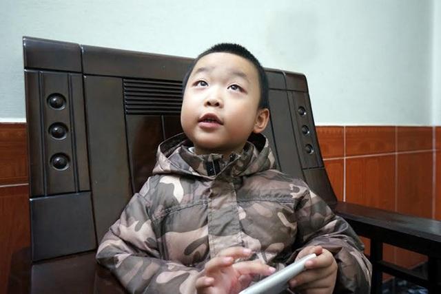 """""""Choáng"""" với những em bé có khả năng kỳ lạ nhất Việt Nam - 1"""