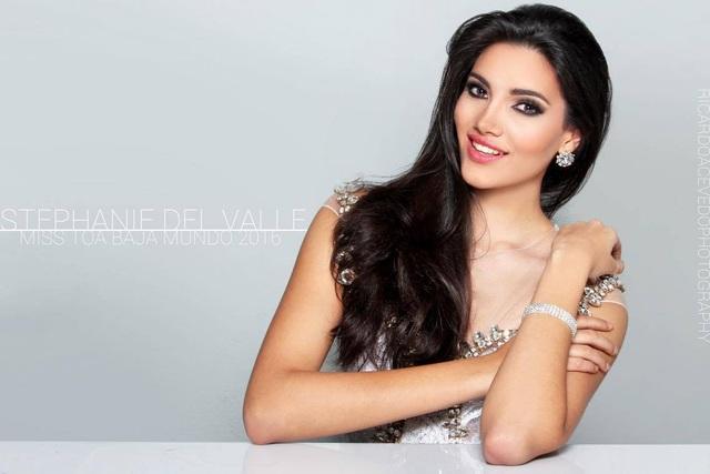 Người đẹp xếp vị thứ thứ 3 trong top hoa hậu của các hoa hậu năm 2016 là Stephanie del Valle, đến từ Puerto Rico, và đang cầm giữ vương miện Hoa hậu Thế giới năm 2016. Stephanie del Valle cao 1,78cm và đang là người mẫu, ca sĩ, kiêm chuyên gia tư vấn làm đẹp tại Puerto Rico. Stephanie del Valle cũng là người đẹp mang về chiếc vương miện thứ 2 cho Puerto Rico tại cuộc thi hoa hậu thế giới.