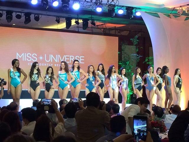 Hoa hậu Hoàn vũ 2016 trình diễn áo tắm - 14
