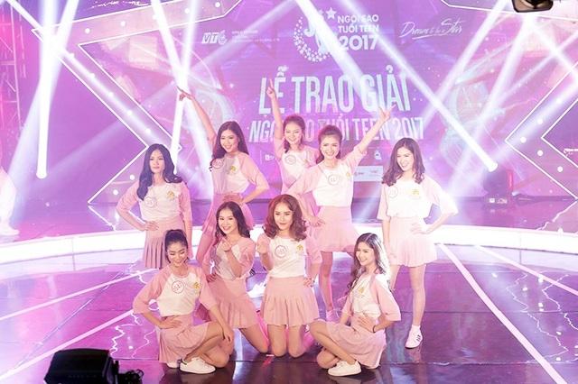 9 cô gái xinh đẹp mở đầu đêm chung kết Ngôi sao tuổi teen một cách ấn tượng