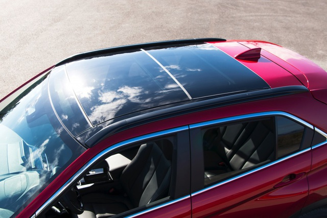 Mitsubishi Eclipse Cross gia nhập phân khúc SUV cỡ nhỏ - 8