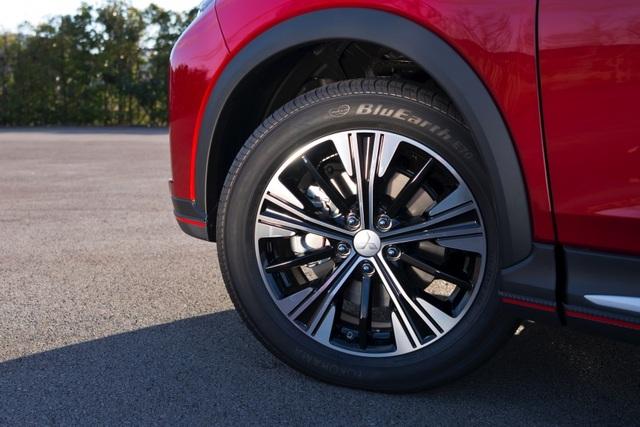 Mitsubishi Eclipse Cross gia nhập phân khúc SUV cỡ nhỏ - 5