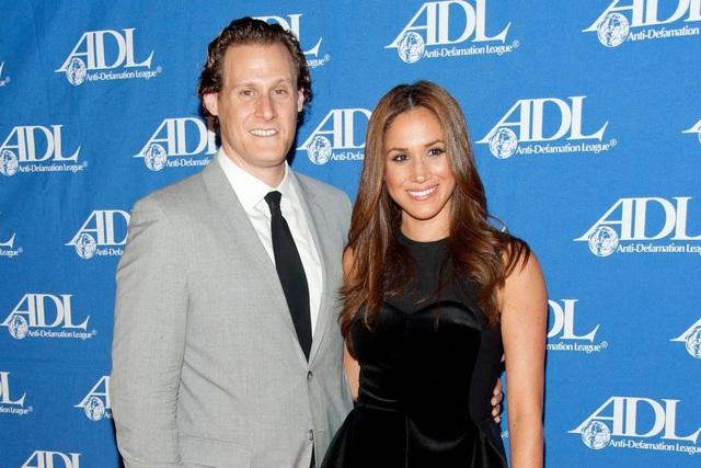 Meghan Markle và chồng cũ Trevor Engelson (Ảnh: The Sun)