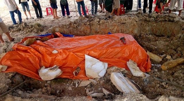 Qua kiểm tra, tìm hiểu, đoàn chuyên môn di tích và khảo cổ nhận định đây không phải là ngôi mộ cổ như đồn đoán.