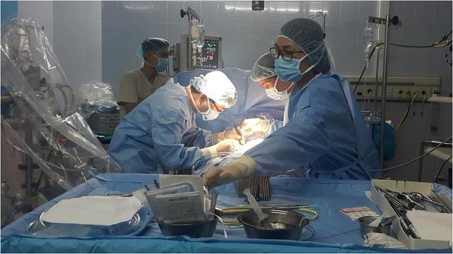 Mổ nội soi toàn bộ vá thông liên nhĩ đã được thực hiện thành công trên 39 bệnh nhân tại BV E Trung ương. Ảnh: T.X
