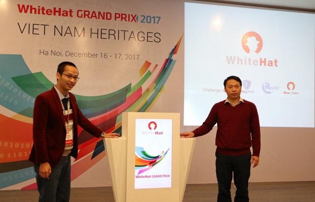 Bấm nút khai mạc cuộc thi WhiteHat Grand Prix 2017.