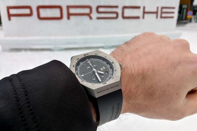 """Đi xe Porsche đeo đồng hồ gì mới """"chất""""? - 5"""