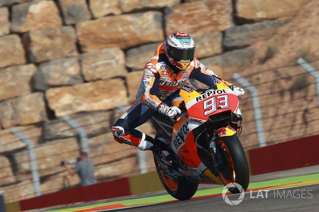 Vinales xuất sắc có pole tại chặng 14 MotoGP 2017 - 7