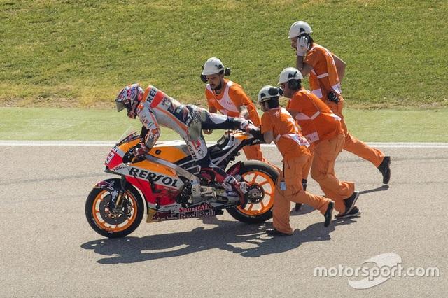 Vinales xuất sắc có pole tại chặng 14 MotoGP 2017 - 6