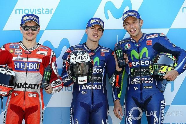 Vinales xuất sắc có pole tại chặng 14 MotoGP 2017 - 11