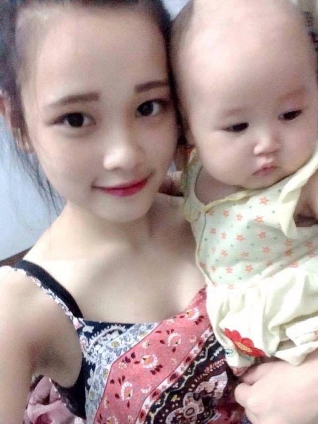Hình ảnh mẹ con chị Linh do gia đình cung cấp.