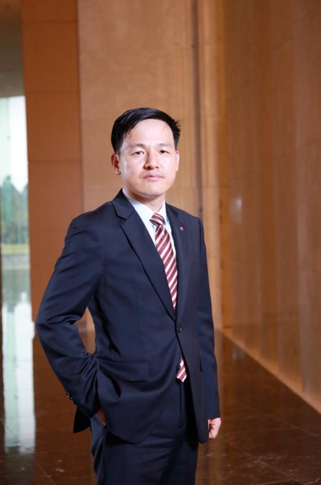 Ông Dustin Lee - Giám đốc ngành hàng điều hoà của LG Việt Nam