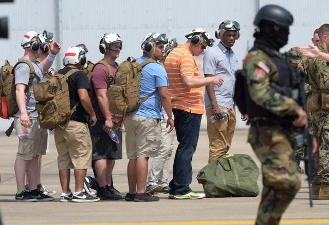 Lực lượng lính thủy đánh bộ Mỹ diễn tập sơ tán quân nhân tại căn cứ quân sự ở Thái Lan năm 2015 (Ảnh: AFP)