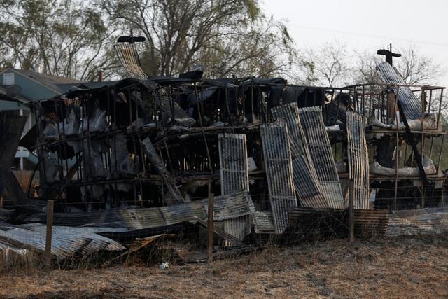 Giám đốc sở cứu hỏa California Ken Pimlott cho biết đám cháy bắt đầu xuất hiện từ tối ngày 8/10, sau đó lan rộng với tốc độ chóng mặt do điều kiện thời tiết khô hạn.
