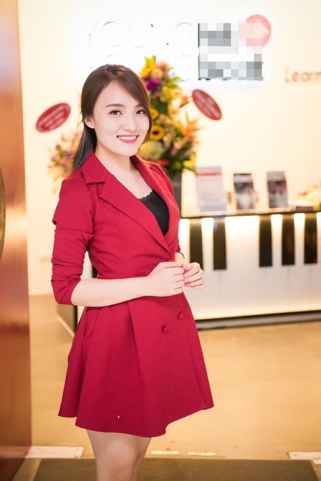 Giáo viên của trường học, ngoài các chuyên gia âm nhạc hàng đầu còn là nhiều giọng ca có học thuật và đạt nhiều giải thưởng danh giá trong và ngoài nước. Nhật Thuỷ - Quán quân Vietnam Idol là giảng viên của ngôi trường này.