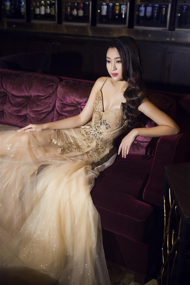 Sau một thời gian loay hoay với phong cách thời trang, Đỗ Mỹ Linh đã có nhiều tiến bộ hơn.