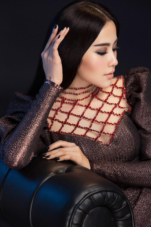 Nam Em trở thành Giám đốc Quốc gia chọn ứng viên thi Hoa hậu Trái đất - 7