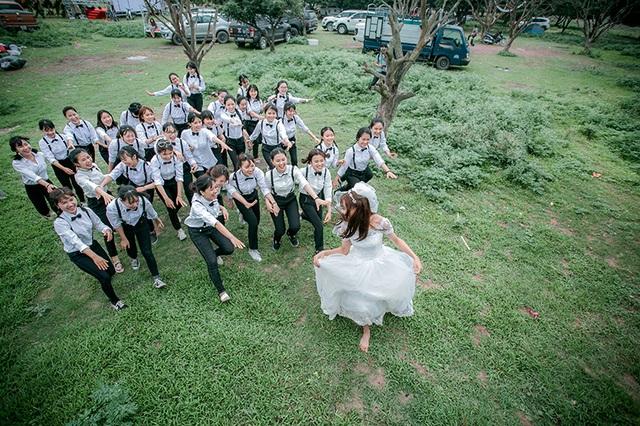 Nàng dâu duy nhất của lớp sẽ thuộc về chú rể nào đây?