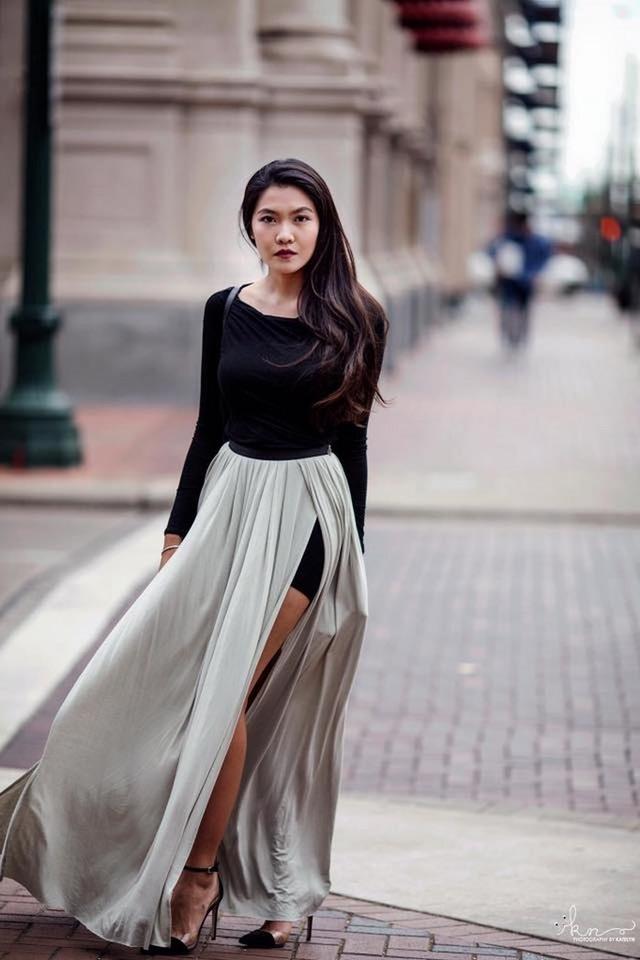 """Hoa khôi du học sinh Việt sở hữu đôi chân dài """"miên man""""."""
