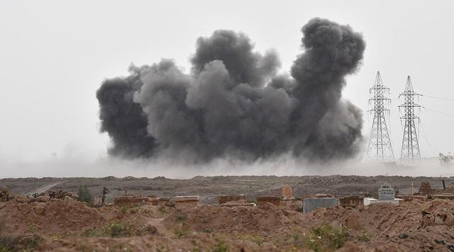 Một cuộc không kích của Nga nhằm vào vị trí của IS ở Syria. (Ảnh: Sputnik)
