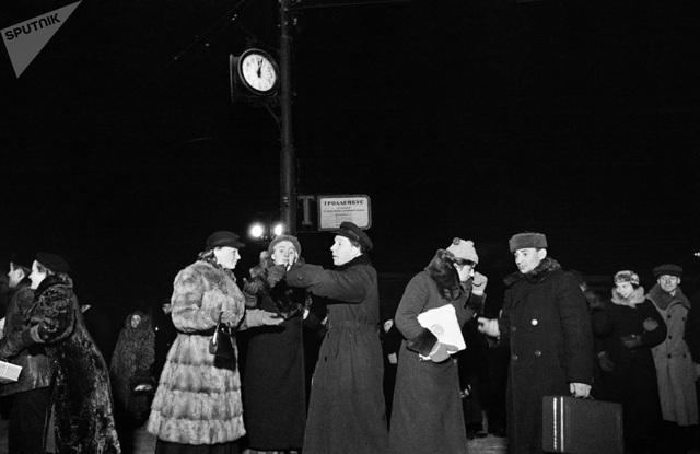 Người dân Moscow chuẩn bị đón năm mới năm 1939.