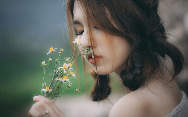 Lê Bích lọt Top 5 Người đẹp xứ Nghệ năm 2016 do Báo Nghệ An tổ chức.