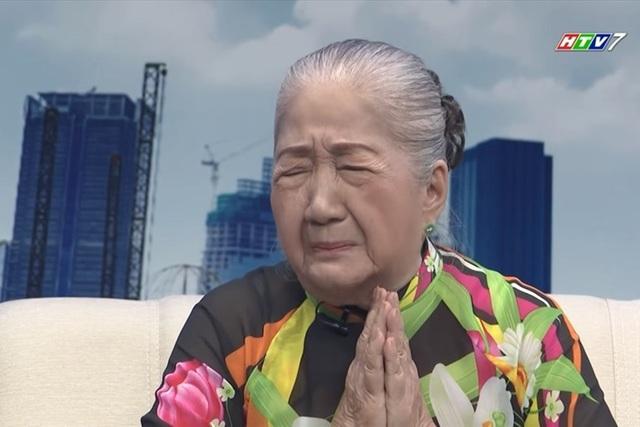 Nghệ sĩ Thiên Kim khóc nghẹn khi kể lại những trận đòn roi do mẹ ghẻ hành hạ.