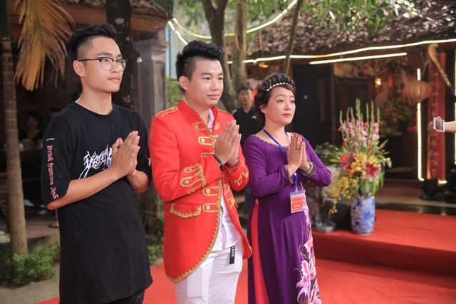 """Nghệ sỹ Giang """"còi, MC Thảo Vân bất ngờ trổ tài ca sỹ trong lễ giỗ tổ - 10"""
