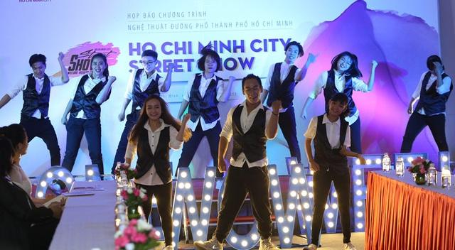Chương trình nghệ thuật biểu diễn đường phố sẽ là sân chơi cho tất cả các nhóm nhạc, cá nhân có năng khiếu tham gia biểu diễn hàng tuần.