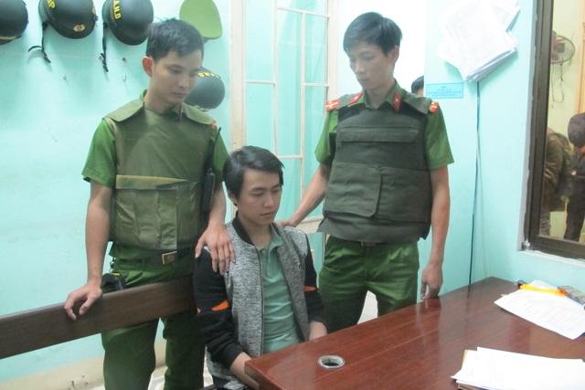 Phan Văn Hoàng tại cơ quan công an