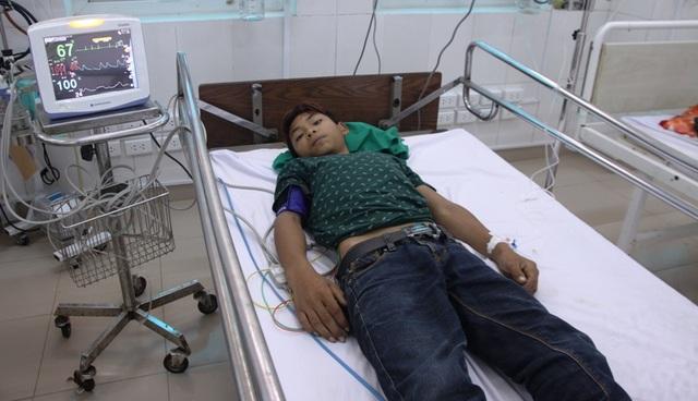 Cháu Cười vẫn đang được chăm sóc tại bệnh viện
