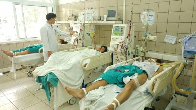7 bạn sinh viên cùng quê, độ tuổi từ 21 - 27 tuổi cùng bị ngộ độc sau bữa liên hoan chào mừng ngày 8/3. Ảnh: T.Đ