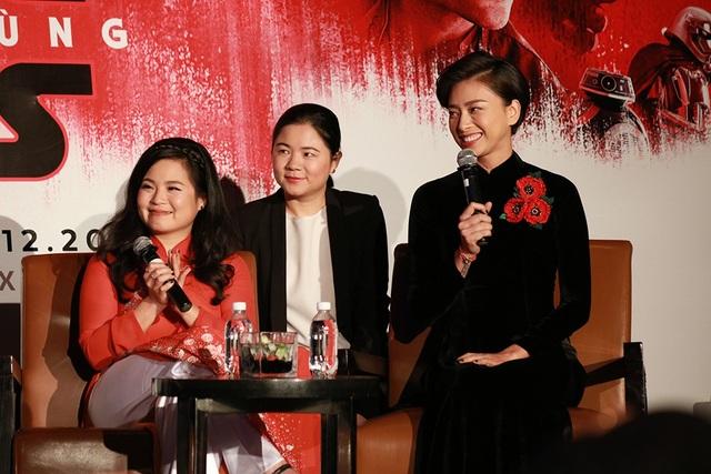 Ngô Thanh Vân chia sẻ, cho đến khi có mặt trong buổi ra mắt Star Wars tại Việt Nam, cô và Kelly vẫn còn vẫn còn run, vẫn không thể tin là mình đã và đang góp mặt trong thương hiệu Star Wars đình đám này.