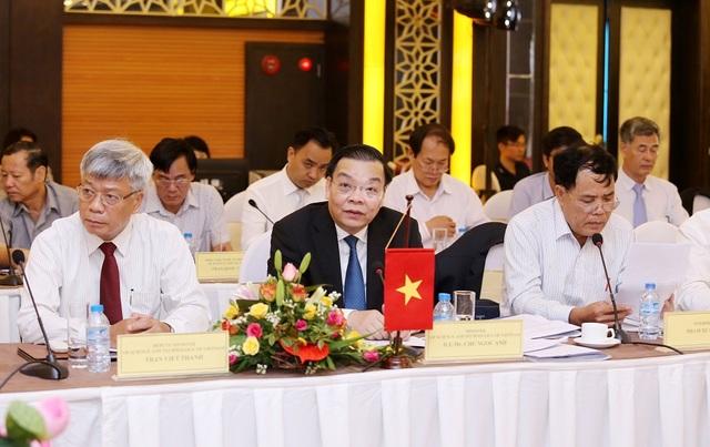 Bộ trưởng Bộ KH&CN Chu Ngọc Anh phát biểu tại khóa họp.