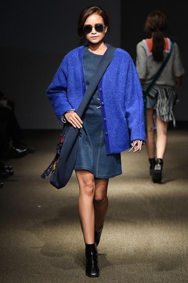 """Quán quân Vietnam's Next Top Model 2016 """"tấn công"""" Seoul Fashion Week - 11"""