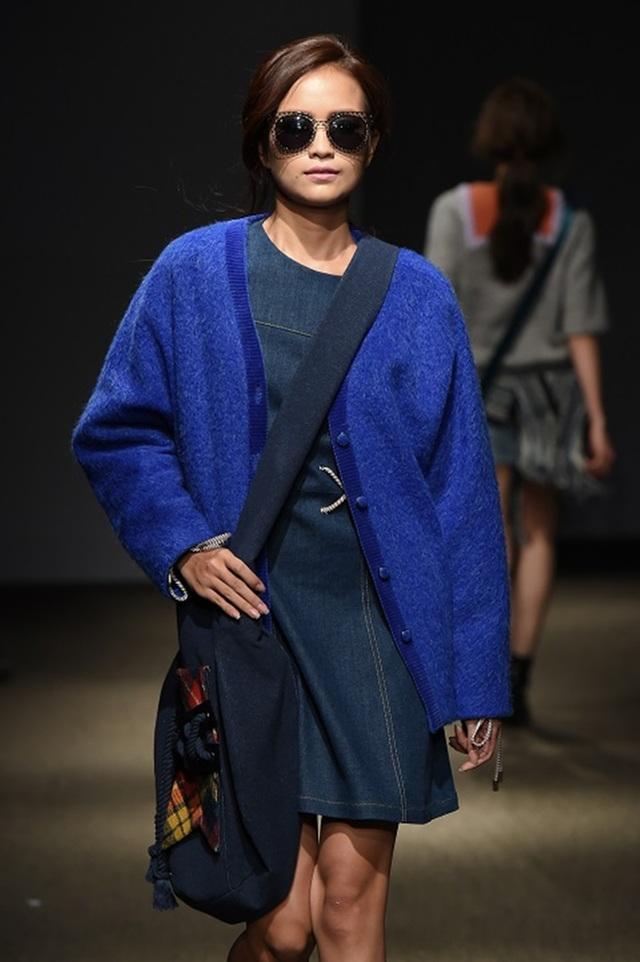 """Quán quân Vietnam's Next Top Model 2016 """"tấn công"""" Seoul Fashion Week - 10"""