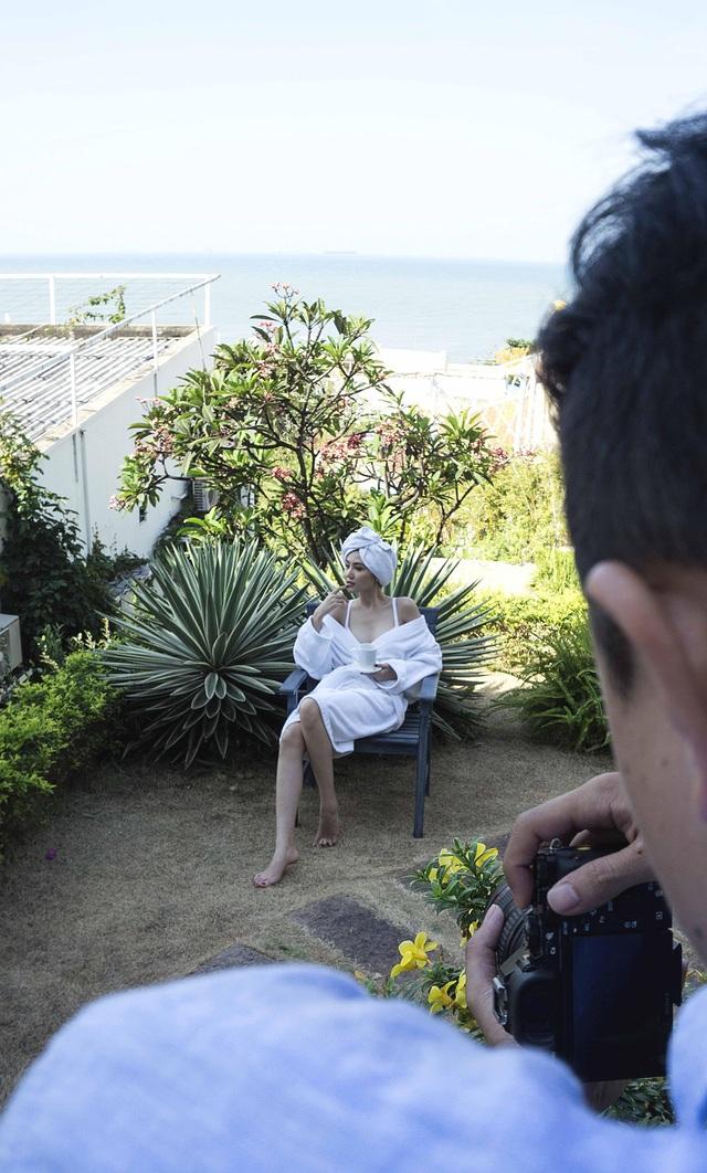Bận rộn với công việc và nắm giữ những vai trò quan trọng, Nữ hoàng Sắc đẹp Toàn cầu Ngọc Duyên đang bứt phá trở thành hoa hậu đa năng trong showbiz Việt.