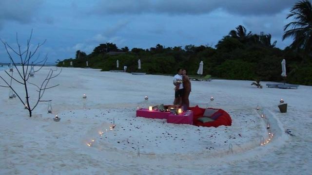 Hình ảnh lãng mạn của Ngọc Duyên và bạn trai tại Maldives.