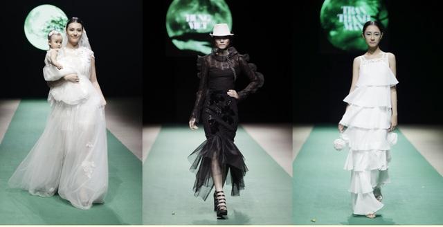 Với khuynh hướng tối giản, sân khấu Vietnam Fashion Week Spring Summer 2018 quá ấn tượng và cô đọng với mảng màu xanh bất tận. Như sự ẩn dụ một thông điệp dành cho cuộc sống xanh tươi và bình an.