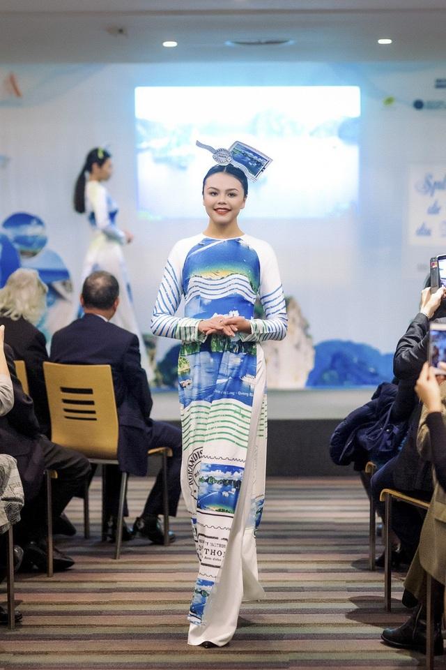 Hoa hậu Ngọc Hân tự hào giới thiệu áo dài Việt tại trụ sở UNESCO - 16