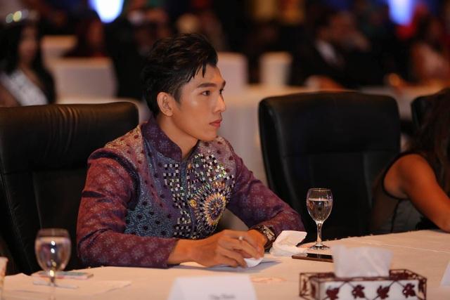 Giám khảo Ngọc Tình sung sướng khi Nguyễn Thị Thành đoạt giải Á hậu 3 - 4